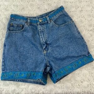 Bill Blass | Denim Shorts with Floral Trim